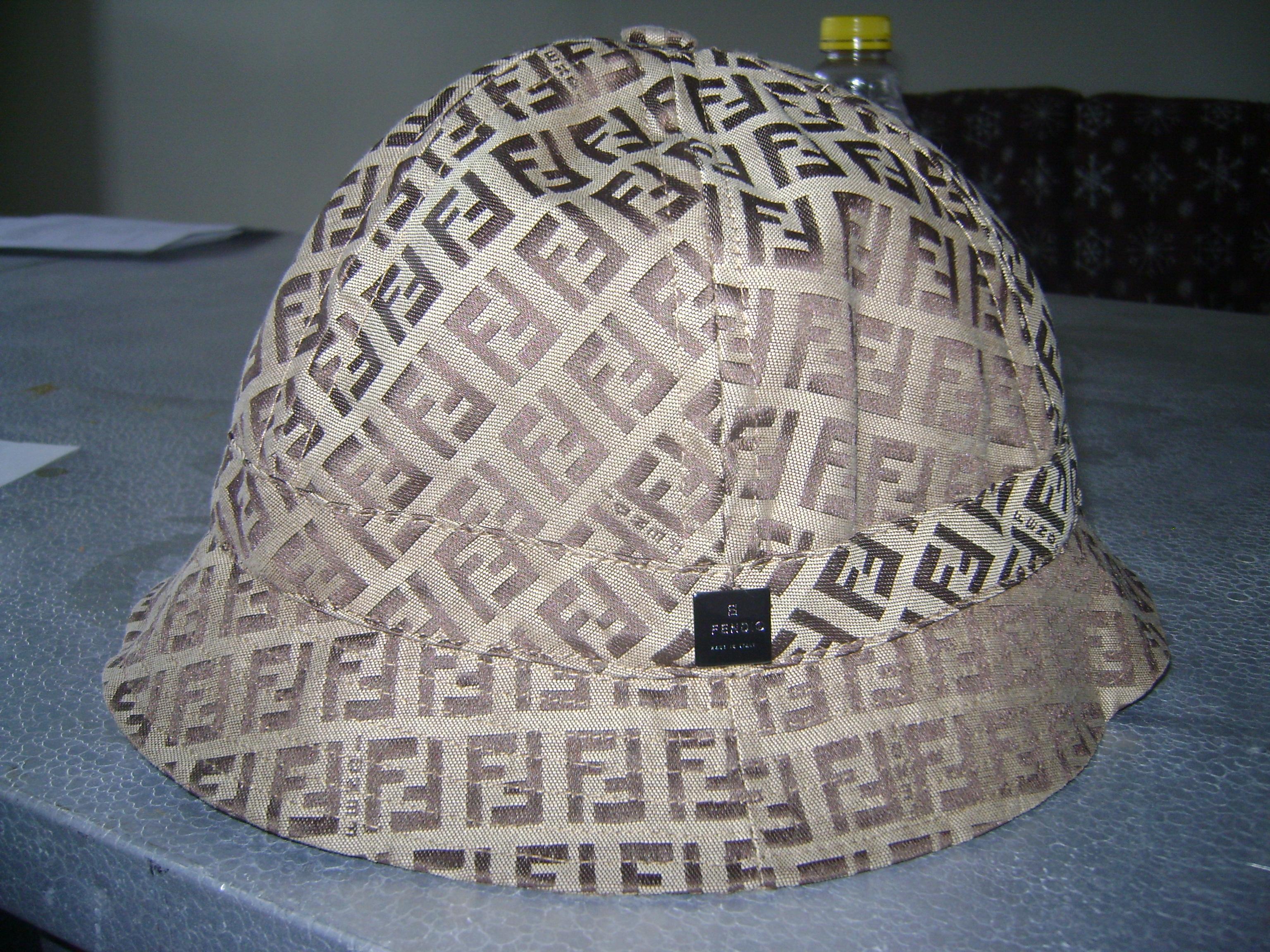 Pirates Log 164= fendi hat + benetton sweatshirt+ ...